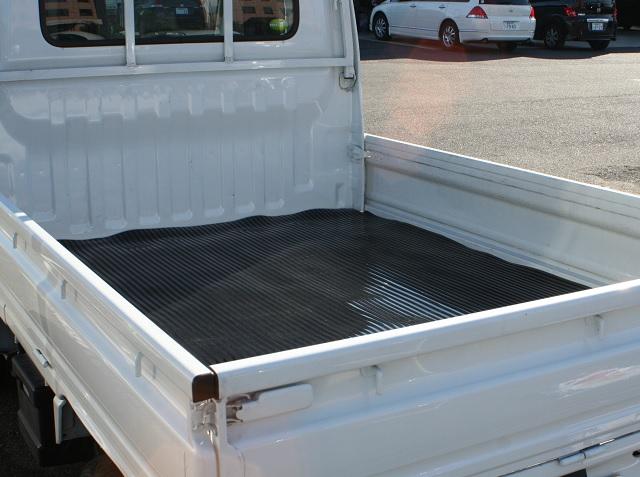 トラック用荷台マット/バン・ワゴン車用荷室マット